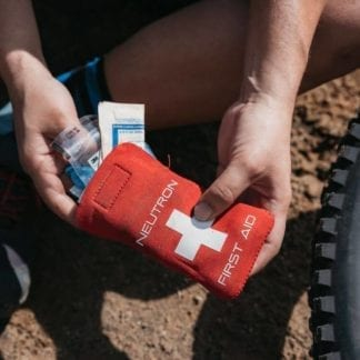NEUTRON COMPONENTS ULTRALIGHT FIRST AID KIT